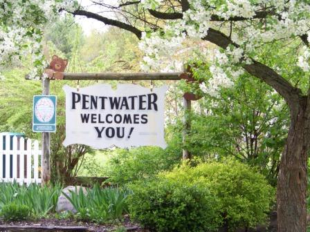 Pentwater_Welcome_-_Spring_2012_002_small