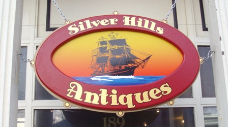 Silver_Hills_antique_sign