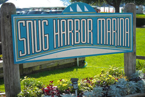Snug_Harbor_2009_09_13_Marina_Grounds__1__edited